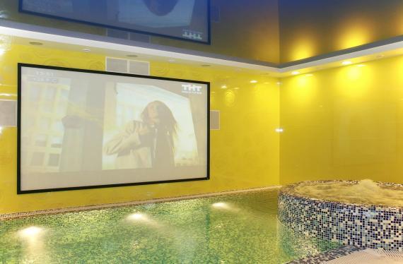 004 бассейн в Премьер отеле Ижевск